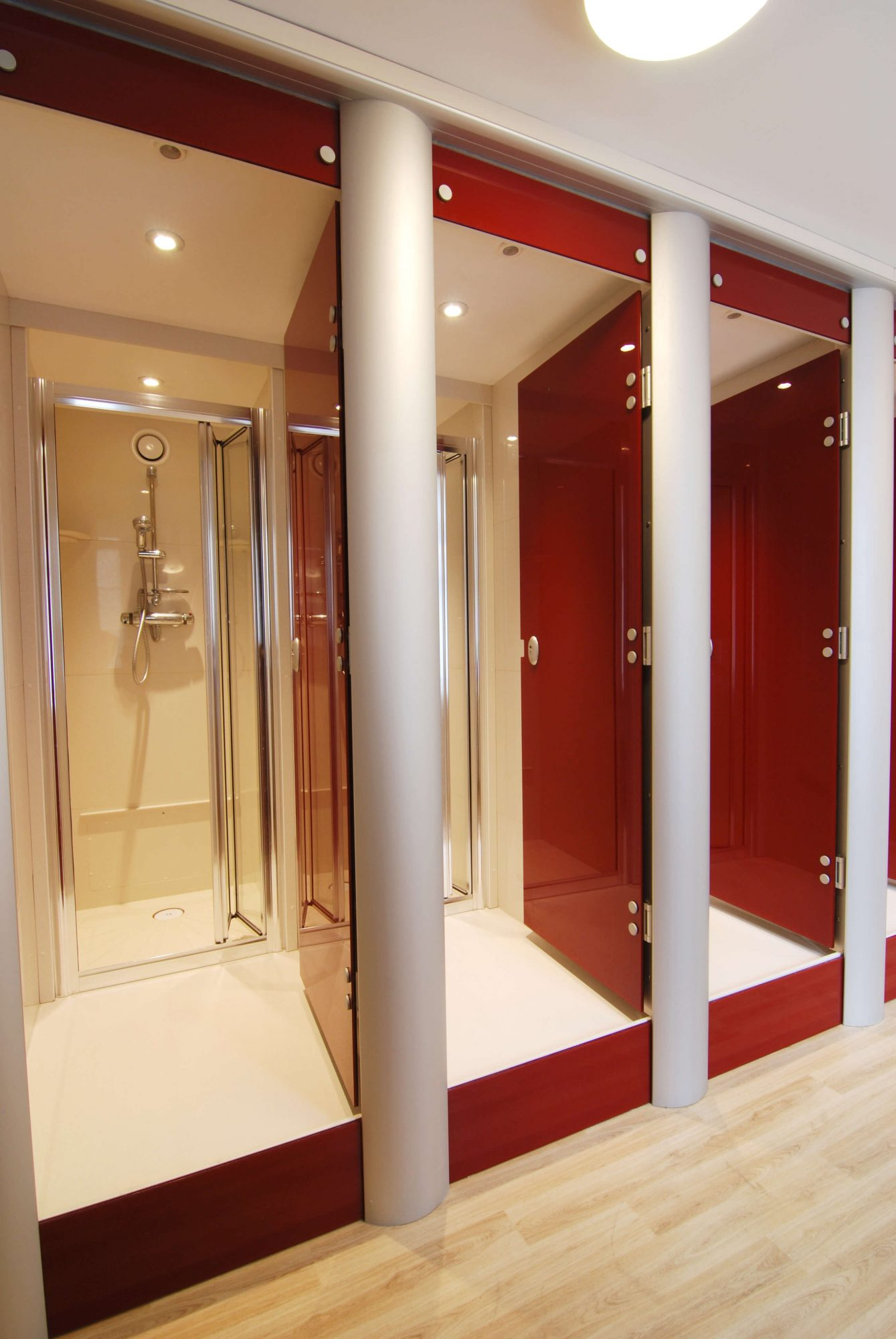 Queenswood School_shower pods